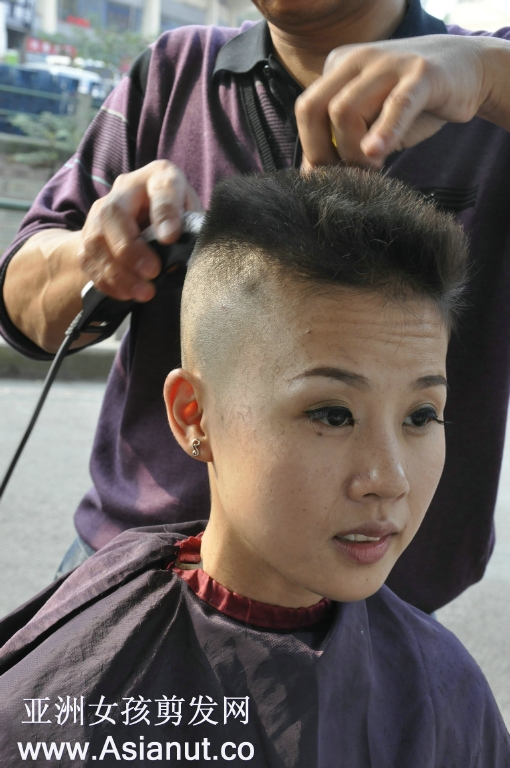 Haircut Bar Headshave | 1000 images about in the chair on pinterest shaved nape barbers and barber chair